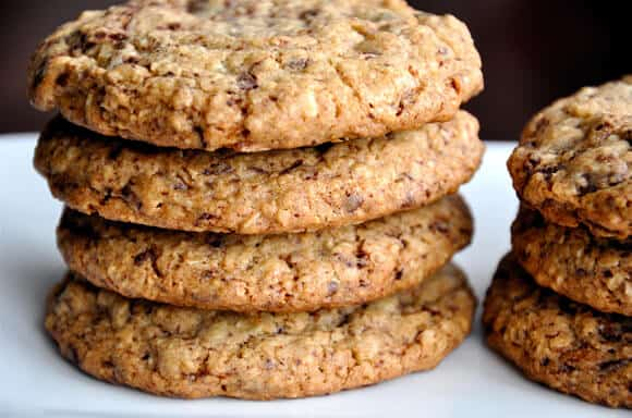 Blended Oatmeal Chocolate Chip Cookies from justataste.com #recipe