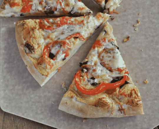 Veggie Pizza with Garlic Hummus