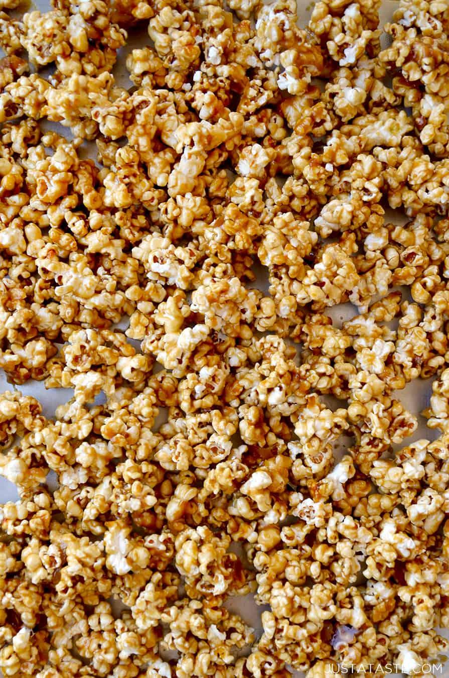 SWEET TREAT: Easy Homemade Caramel Corn