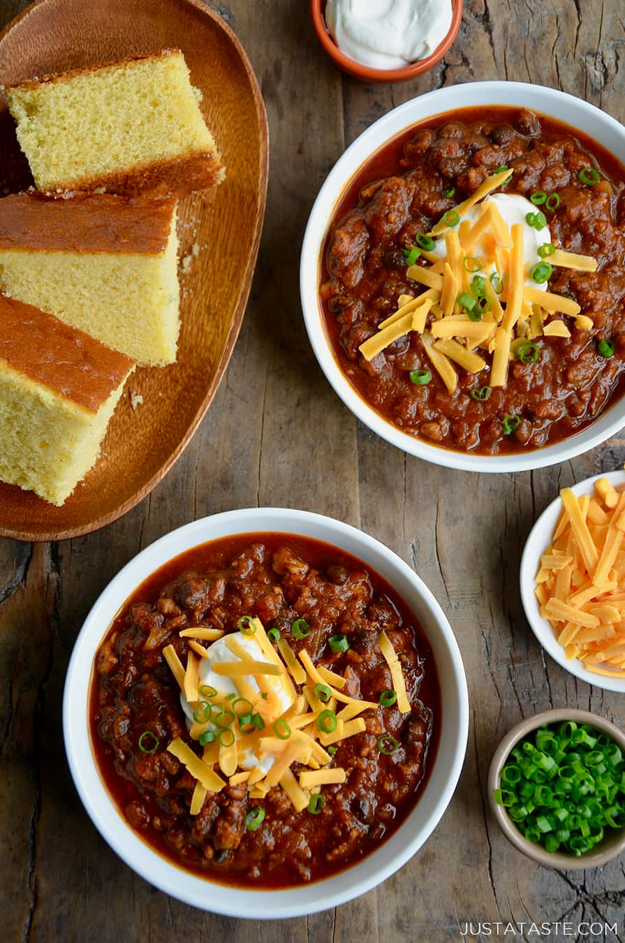 MONDAY: Pumpkin Turkey Chili + Breadstick Bones