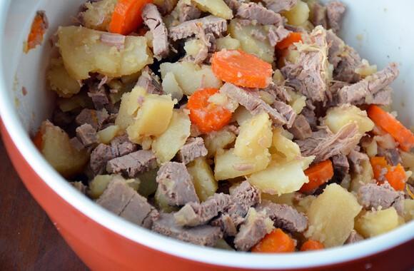 Crock Pot Beef and Bacon Hash
