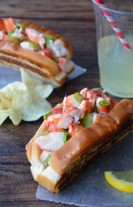 Lobster Rolls with Garlic Butter Buns