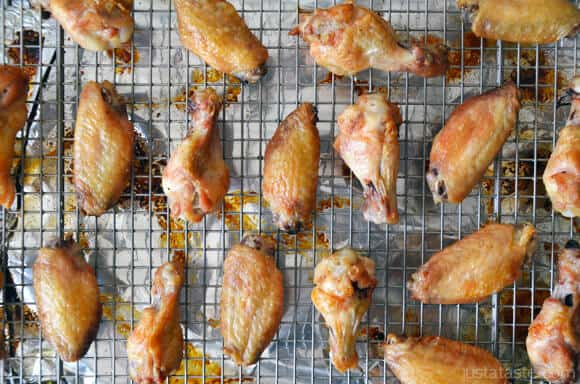 Video: Crispy Baked Chicken Wings