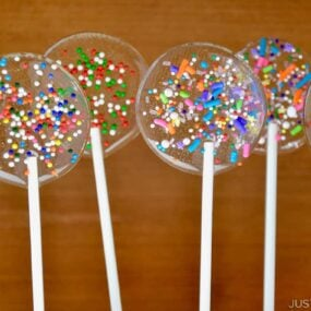 Homemade Holiday Lollipops with sprinkles