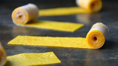 Healthy Homemade Fruit Roll-Ups