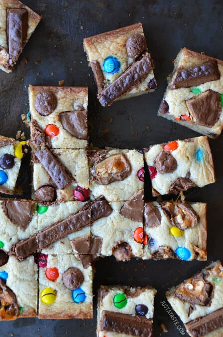 Leftover Halloween Candy Blondies from justataste.com