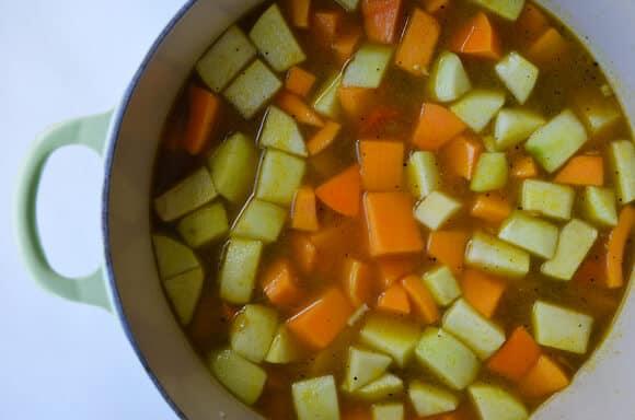 Butternut Squash Apple Soup from justataste.com #recipe