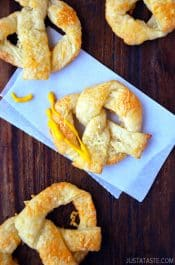 Easy Cheesy Puff Pastry Pretzels from justataste.com #recipe #video