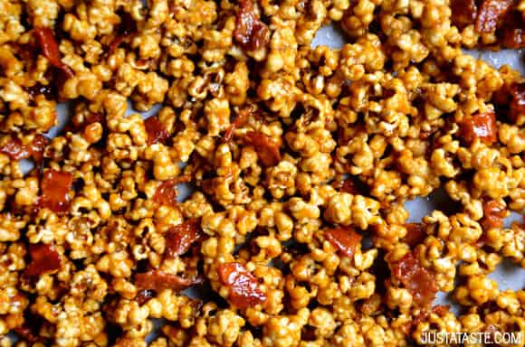 Homemade Caramel Popcorn with Bacon Recipe