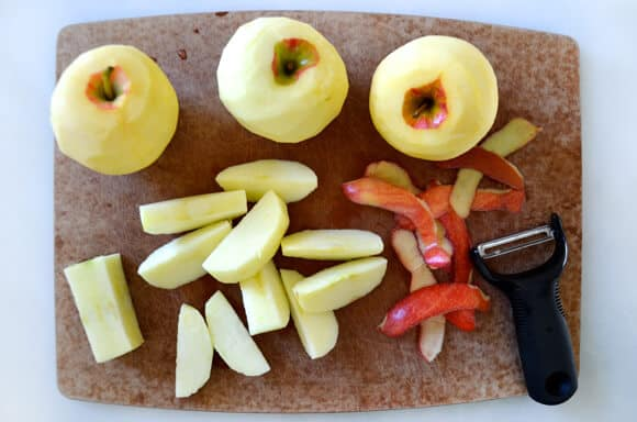 Slow Cooker Applesauce Recipe from justataste.com