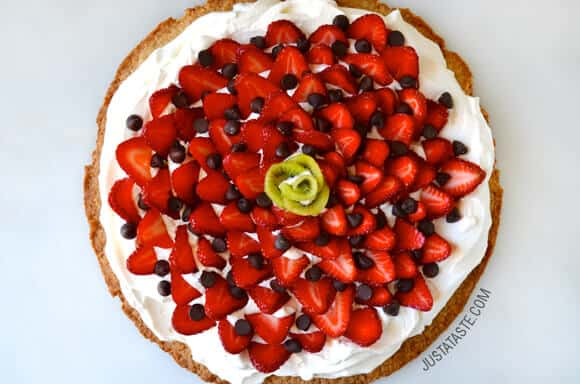 Strawberry Shortbread Cookie Cake recipe on justataste.com
