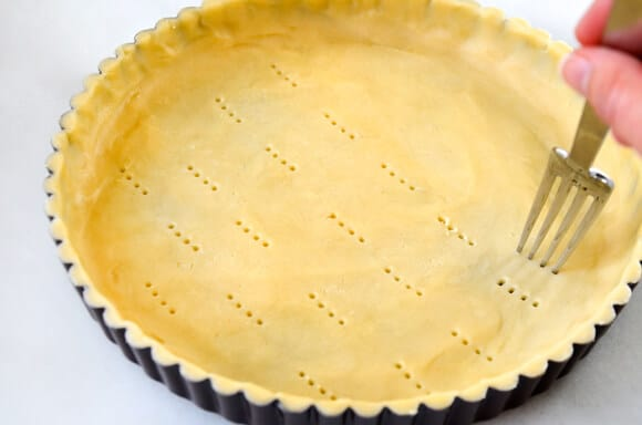 Mango Tart with Vanilla Bean Pastry Cream Recipe on justataste.com