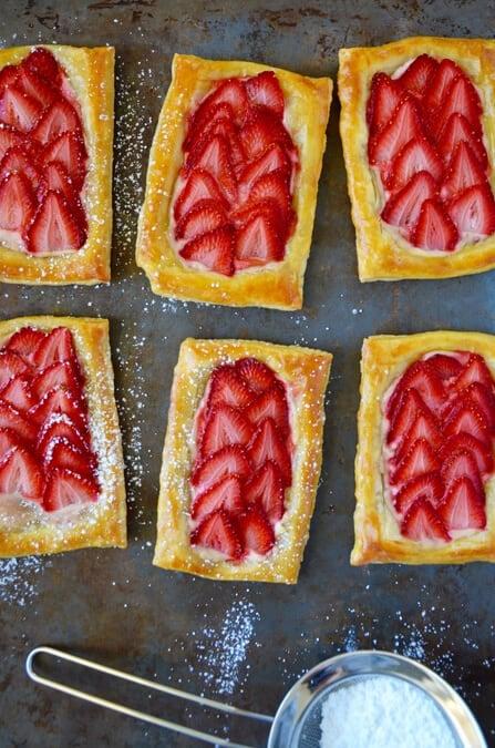 5-Ingredient Strawberry Breakfast Pastries