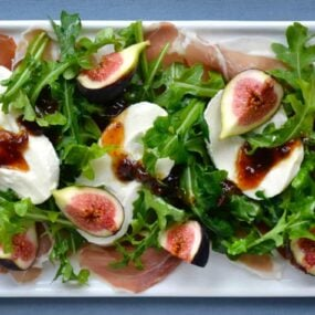 Fig-Burrata-Prosciutto-Salad
