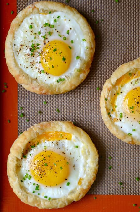 WEDNESDAY: Cheesy Puff Pastry Baked Eggs