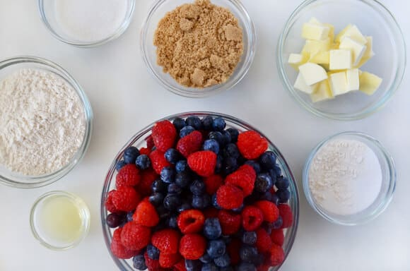 Easy Mix-and-Match Fruit Crumble Recipe
