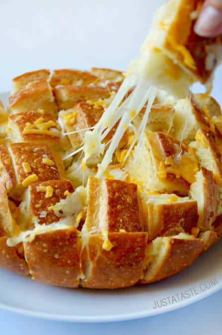 Cheesy Pull-Apart Garlic Bread recipe