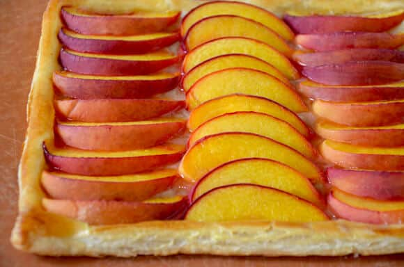 5-Ingredient Peach Tart Recipe