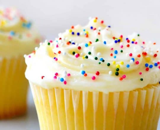 Video: Easy Buttercream Frosting