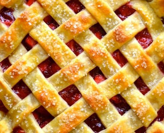 Video: Easy Homemade Pie Crust