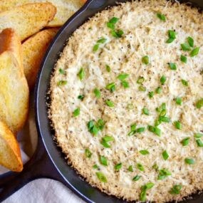 Cheesy Roasted Cauliflower Dip