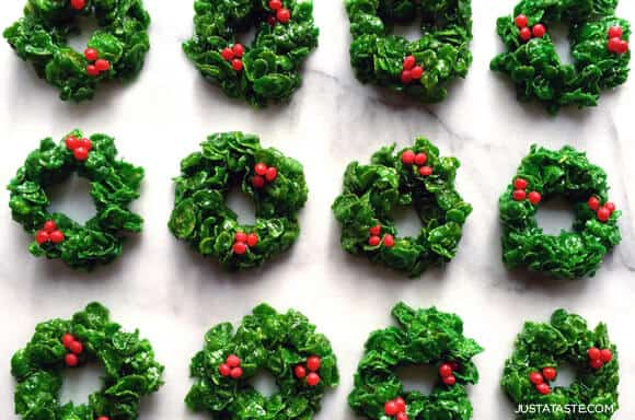 Marshmallow Christmas Wreaths Recipe on justataste.com