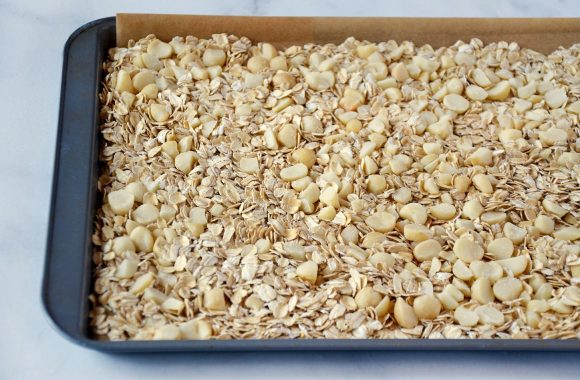 Homemade Coconut Granola Recipe