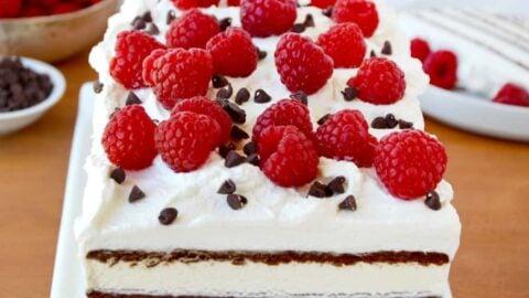 Easy Ice Cream Sandwich Cake Recipe