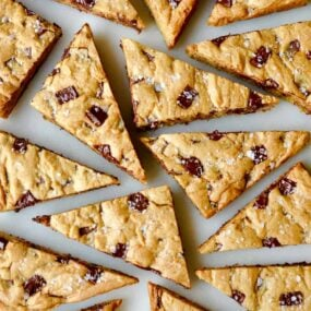 Salted Chocolate Chip Cookie Bars Recipe