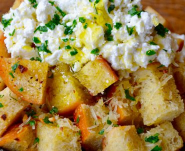 Cheesy Garlic Bread with Ricotta
