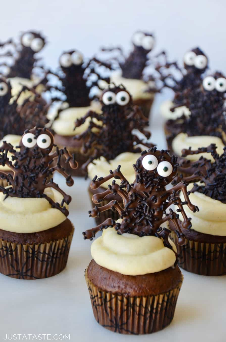 easy halloween cupcakes with chocolate spiders just a taste