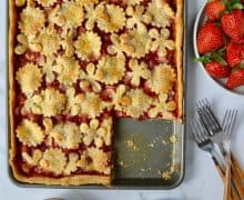 Simple Strawberry Slab Pie