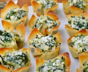 Spinach-Artichoke Dip Wonton Cups on white plate