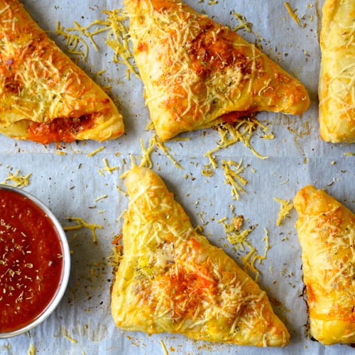 Cheesy Chicken Pizza Pockets