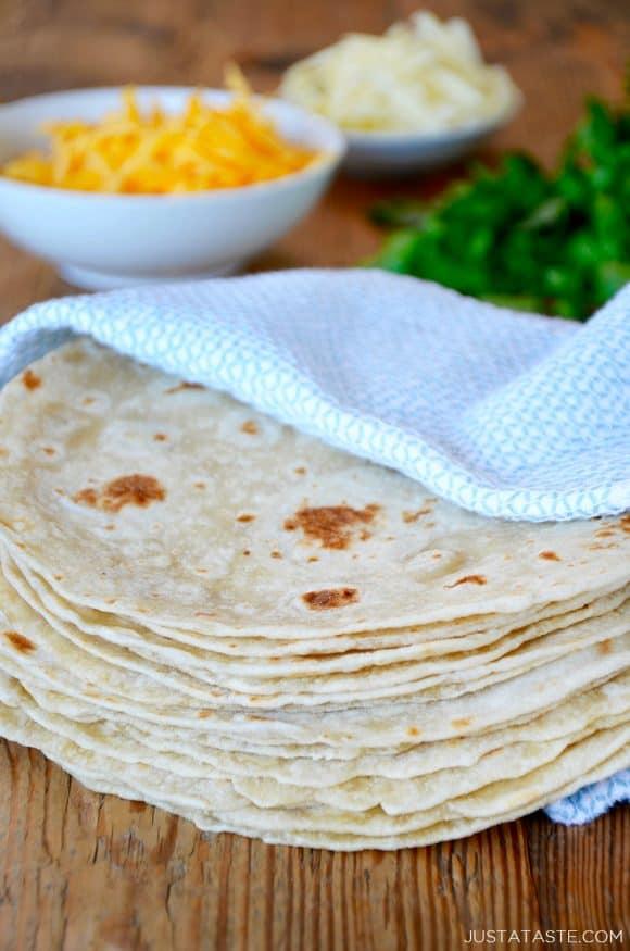 Enjoyable 30 Minute Homemade Flour Tortillas Just A Taste Home Interior And Landscaping Spoatsignezvosmurscom
