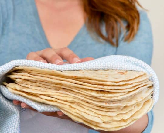 30-Minute Homemade Flour Tortillas