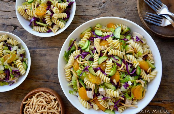 The best Chinese Chicken Pasta Salad with Sesame dressing in various sized serving bowls